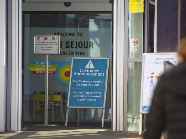 Picture by Peter Frankland. 25-01-21 Guernsey's first working day of the second lockdown. The vaccination centre at Beau Sejour is now operational.. (29186421)