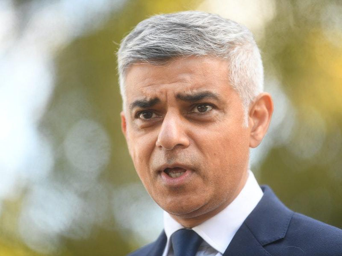 Sadiq Khan calls for 10pm curfew in London to be scrapped