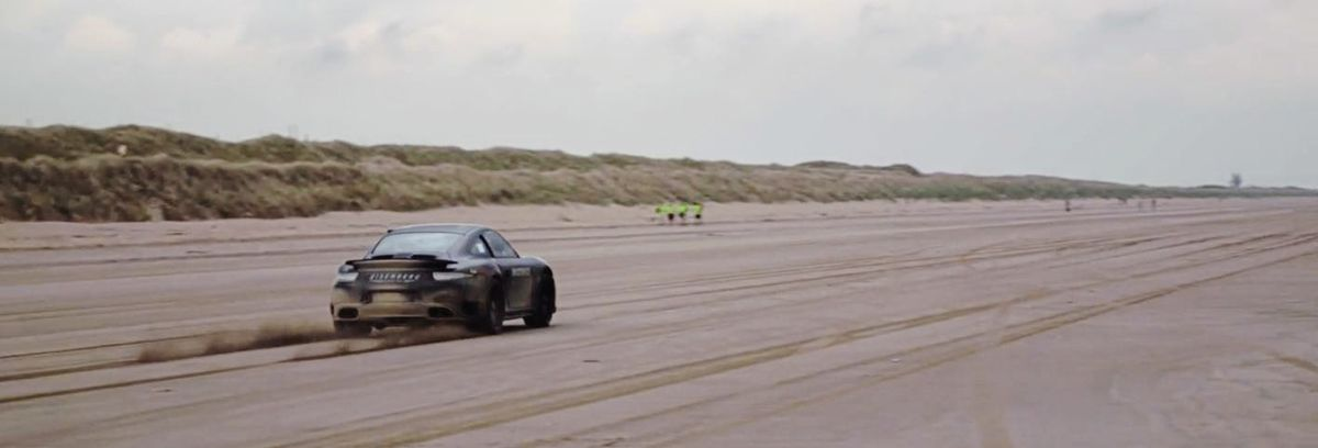 Screen grab from footage of Zef's record attempt in the Porsche 911. Credit: MADMAX® Race Team.