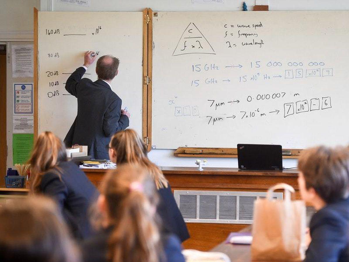 A teacher taking a lesson (PA image, 29255910)