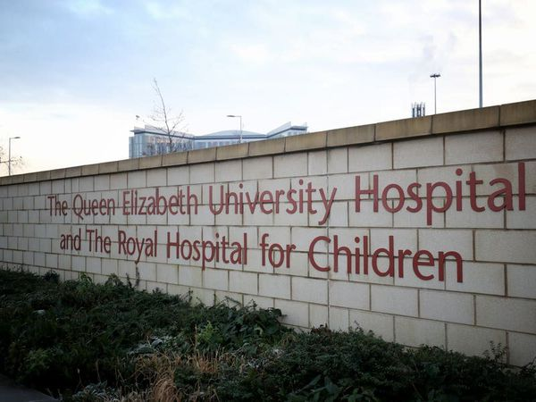 Girl's chemotherapy was stopped due to hospital infection, inquiry hears