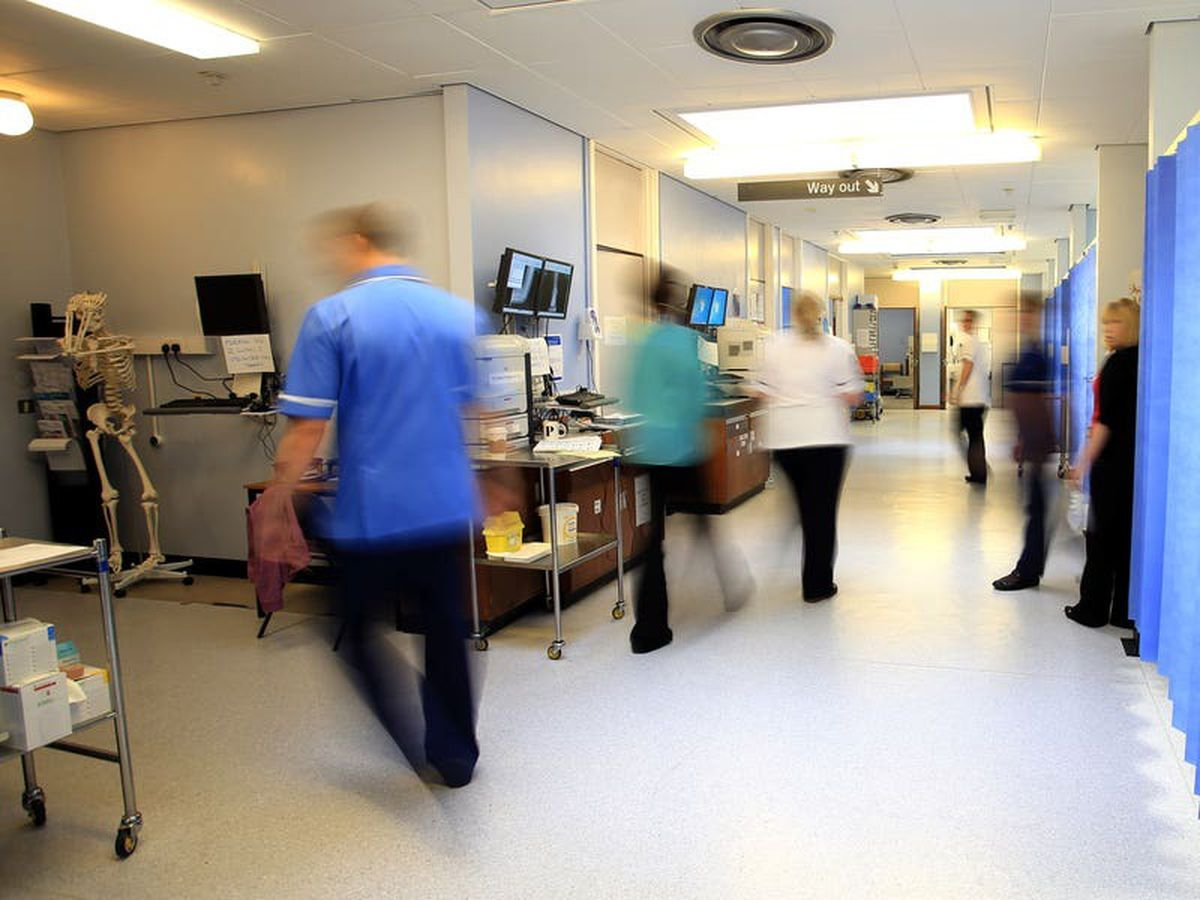 Frontline NHS staff spared quarantine in 'exceptional circumstances'