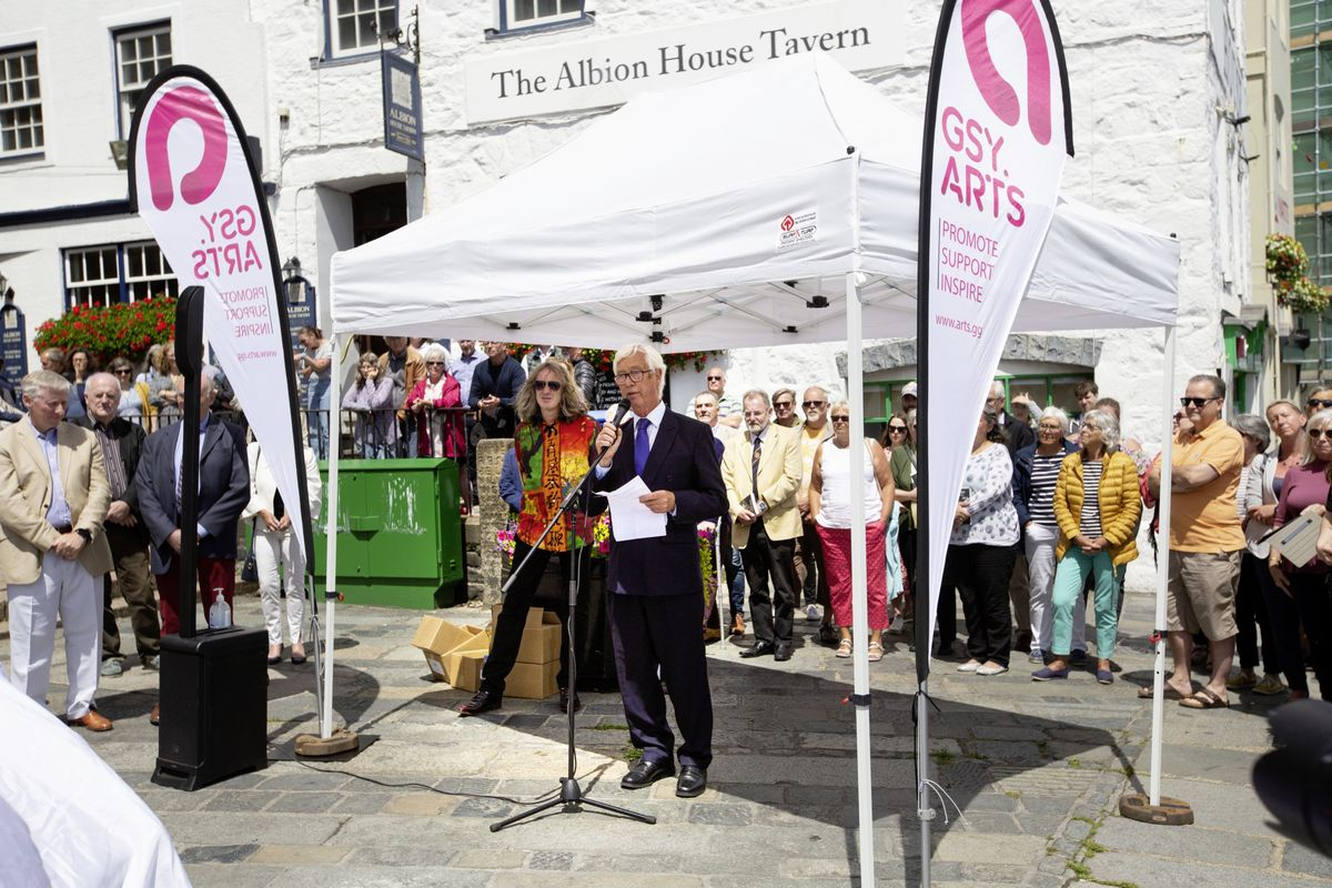 Guernsey Arts Commission director Trevor Wakefield with Mark Cook alongside him. (29725716)