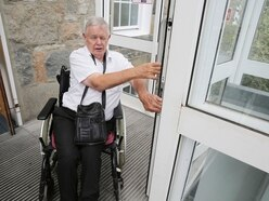 Police Station lift not fit for purpose, says wheelchair user