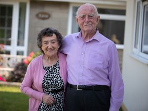Picture By Peter Frankland. 30-06-21 Roland and Pamela Corbin are celebrating their 65th wedding anniversary.. (29736006)