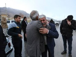 Iranian rescuers find wreckage from plane crash