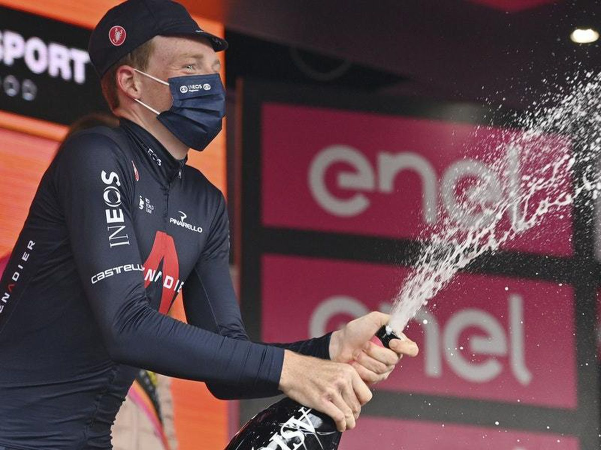 Tao Geoghegan Hart sprints to stage 15 victory in Giro d'Italia