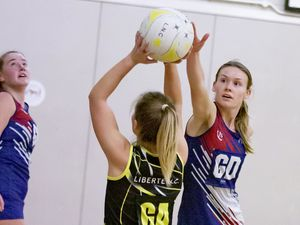 Picture by Sophie Rabey.  17-11-20..Netball Action at Beau Sejour.  T+T vs Liberte A. (28922004)