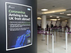 Police could not trace 1,009 people who broke international quarantine rules