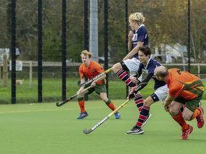 Guernsey Hockey Elizabeth College v Independents Mens Division 1  Footes Lane   www.guernseysportphotography.com (28912061)