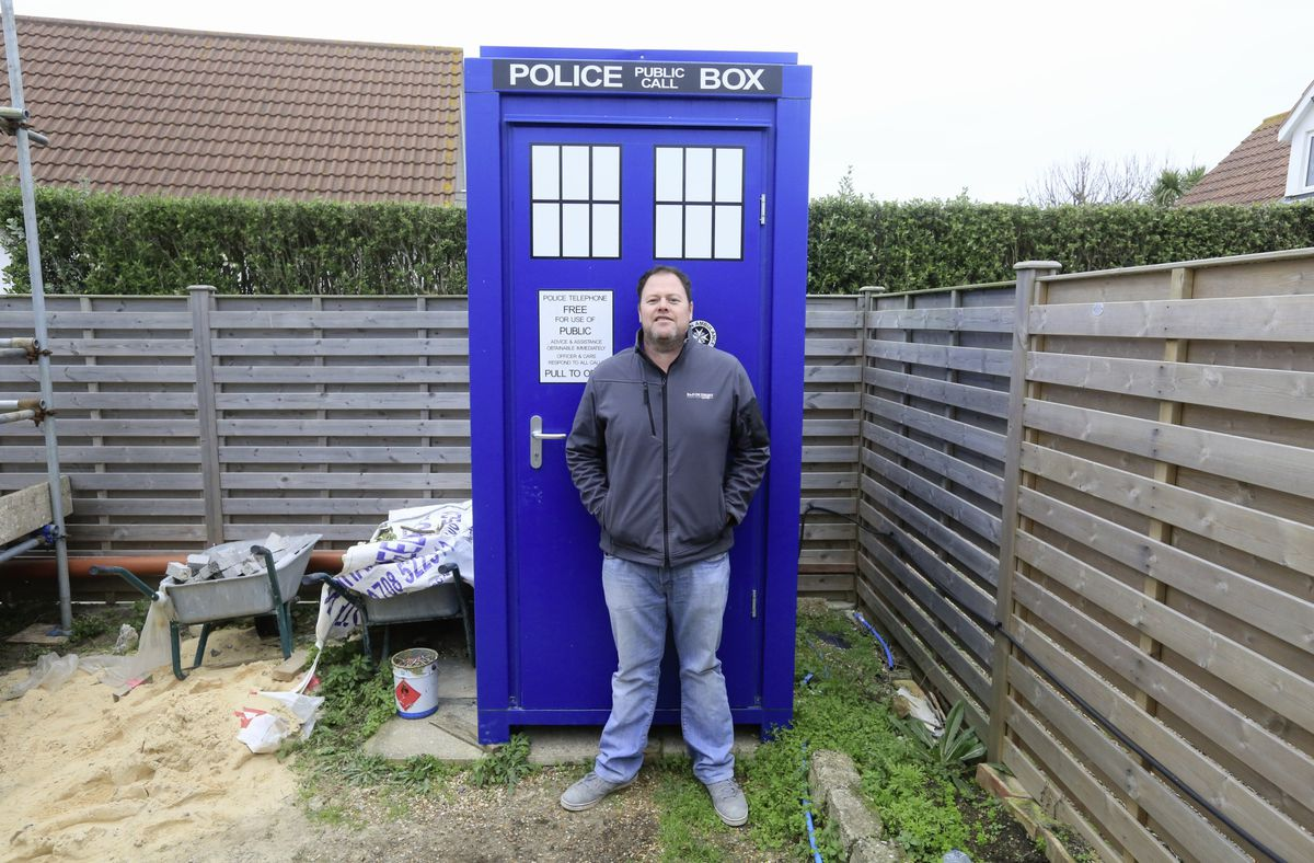 R&D de Jersey managing director Darren de Jersey played along when it was suggested the that the portable toilet he bought for a site at Route des Pecqueries be turned into a Tardis – on the outside at least. (Pictures by Adrian Miller, 28974320)