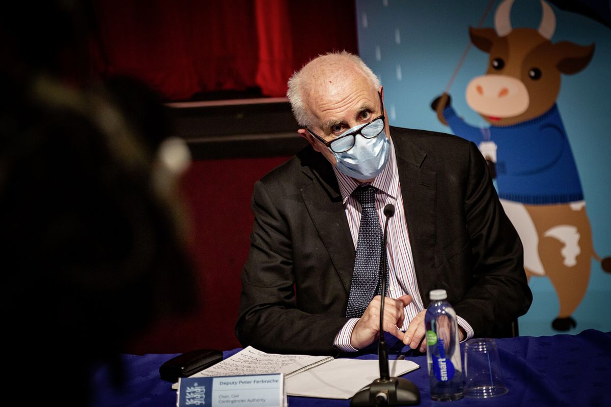 Chair of the Civil Contingencies Authority Deputy Peter Ferbrache at the latest Covid-19 press briefing yesterday. (Picture by Sophie Rabey, 29184604)