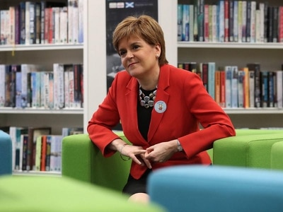 Nicola Sturgeon meets families benefiting from new baby payments