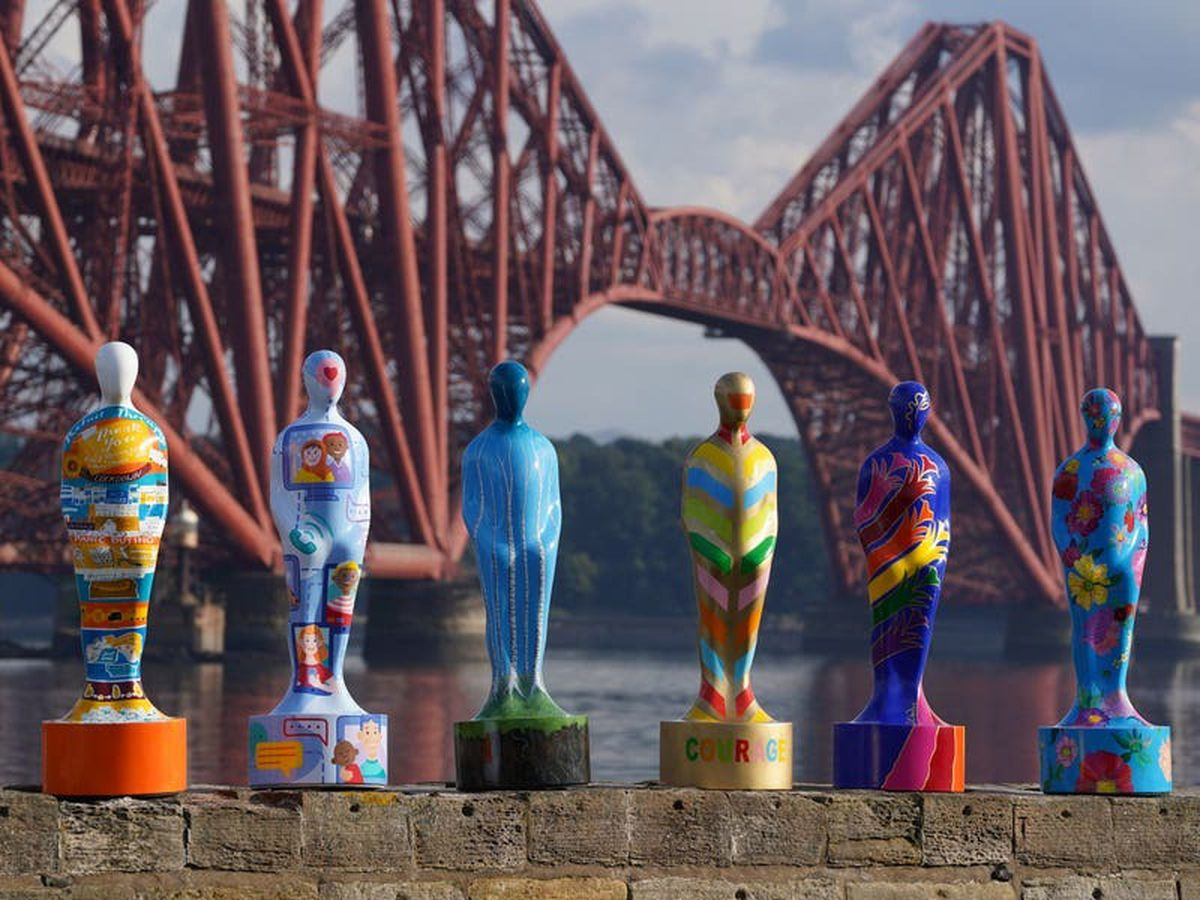 Sculptures to thank key workers spotted on tour in Edinburgh ahead of exhibition