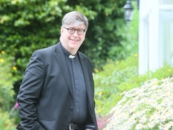 Dean asks clergy not to support all PEH patients