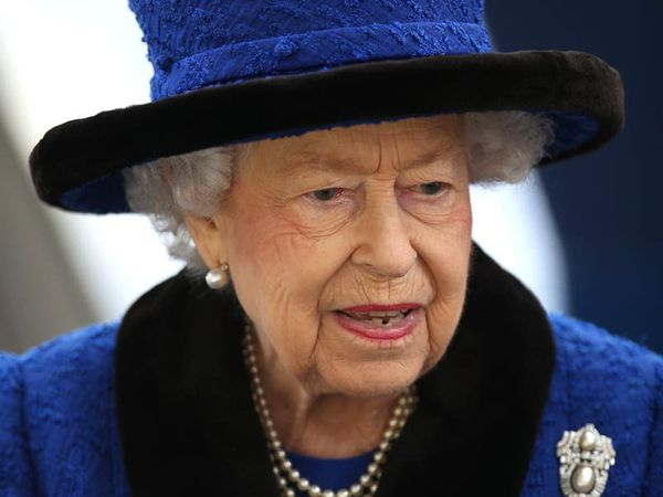 Queen holds first telephone meeting with Prime Minister in three weeks