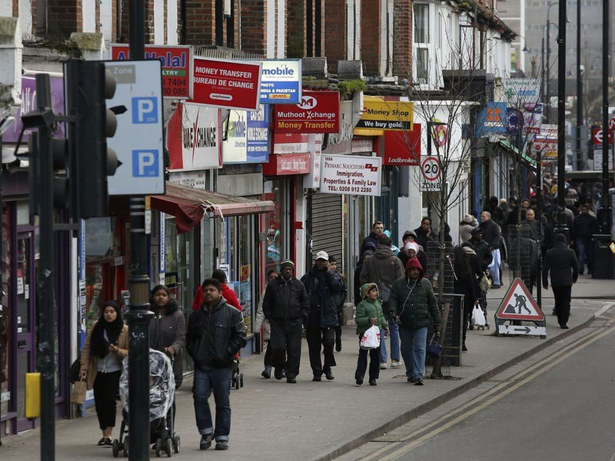 Delay to ending lockdown would hit UK economic recovery – business group
