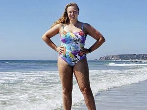Amy Ennion, 28, has become the first person to swim from Guernsey to France solo.