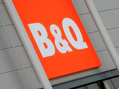 'Bored' B&Q worker bought an axe with stolen credit notes