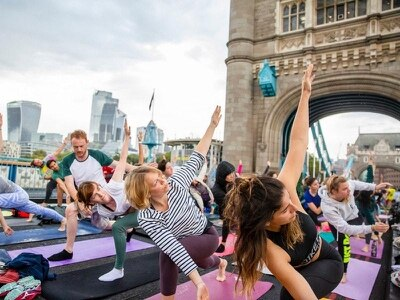 Tower of London becomes tower of yoga during mayor's car-free day