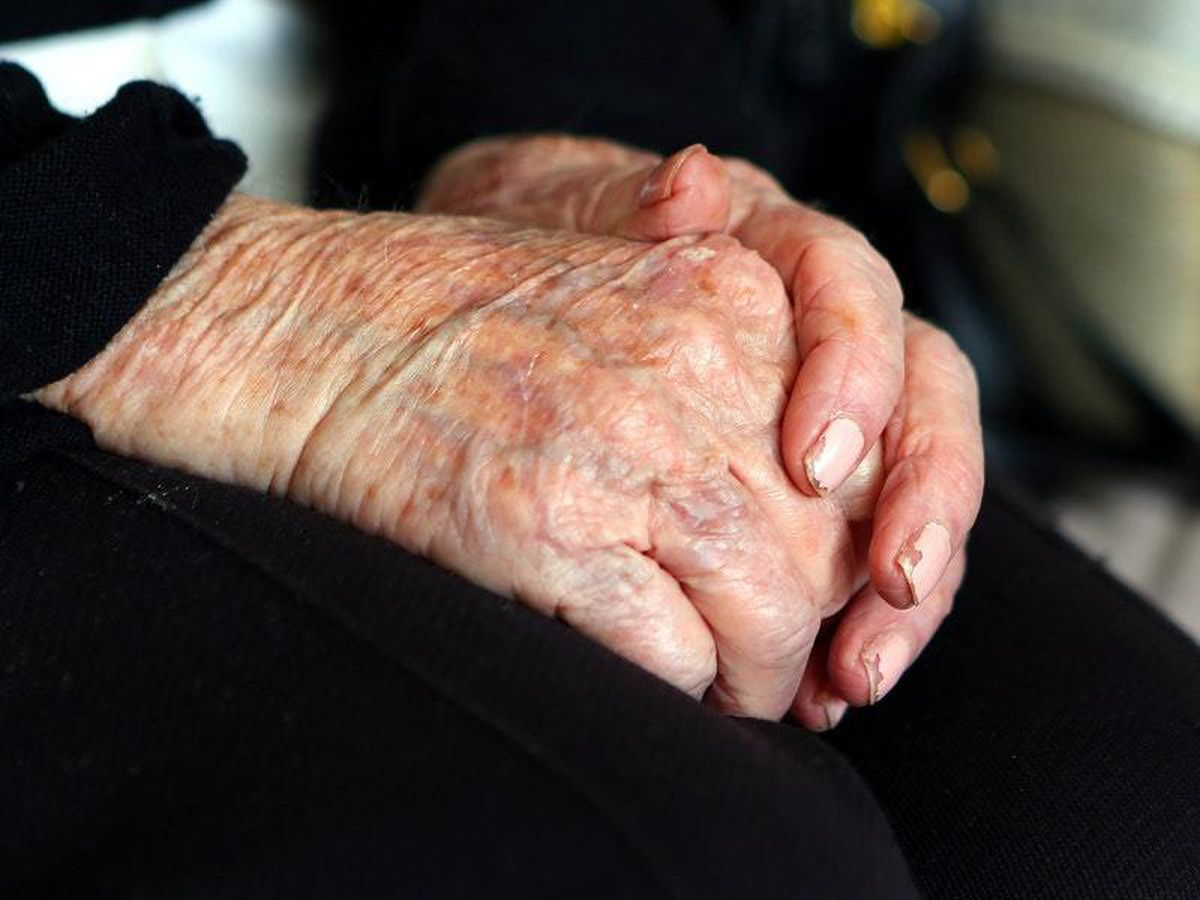 'Potential game changer' blood test can predict who develops Alzheimer's disease
