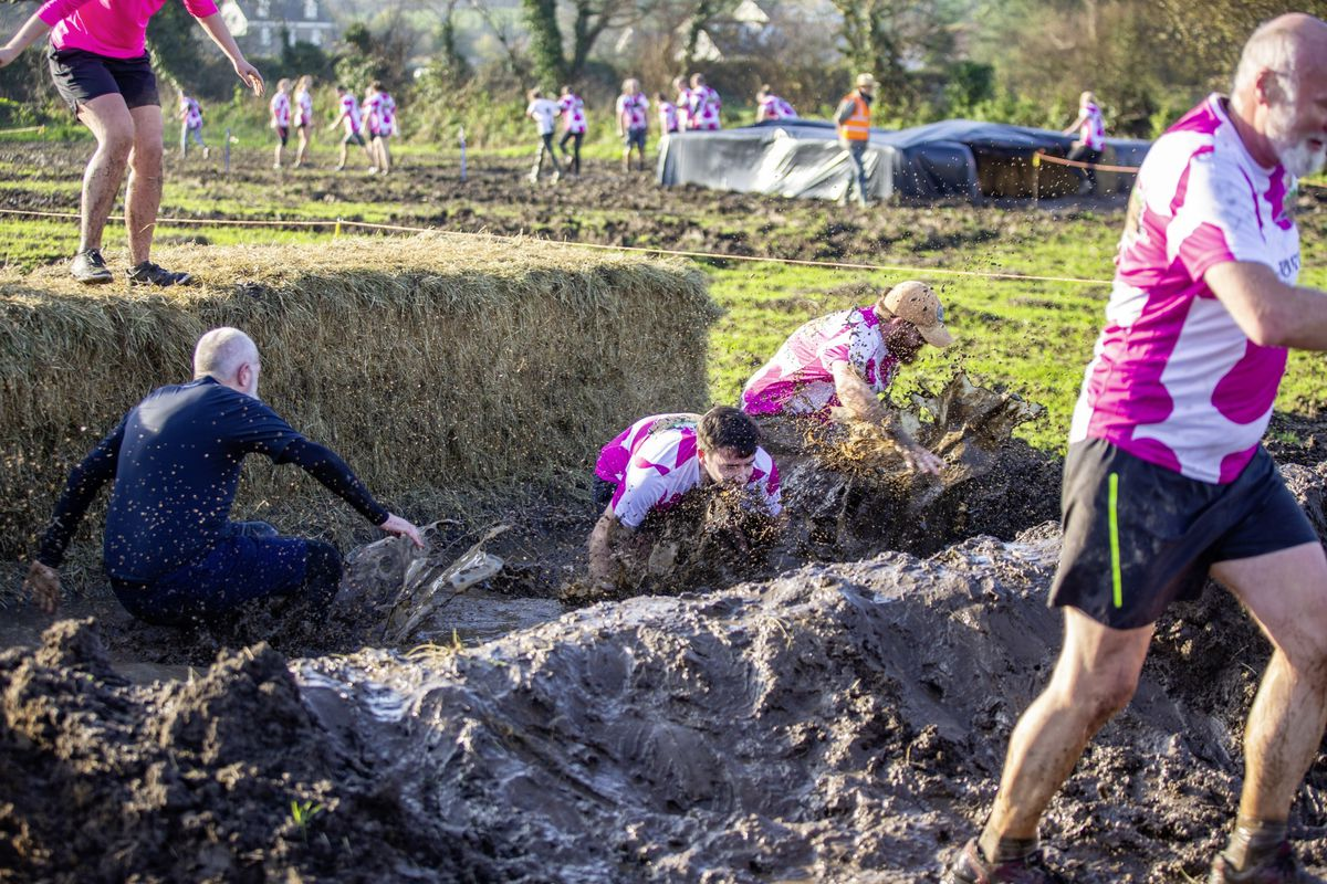 Picture by Sophie Rabey.  29-11-20. Muddy Cow Fun Run Vazon/Grande Mare. (28963008)