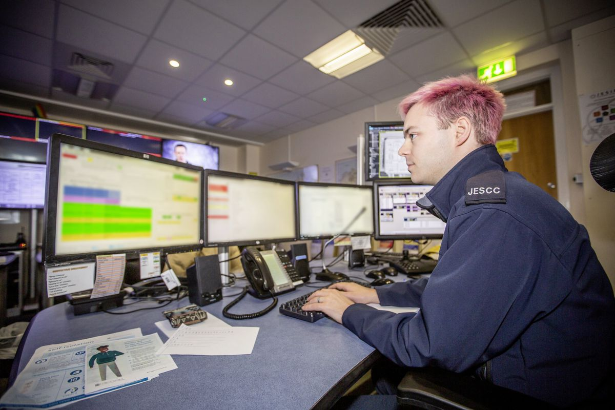 Picture by Sophie Rabey.  13-10-20..A day in the life of JESCC at the Police Station.  Joint Emergency Services Control Centre..Kyle Gallie. (28810372)