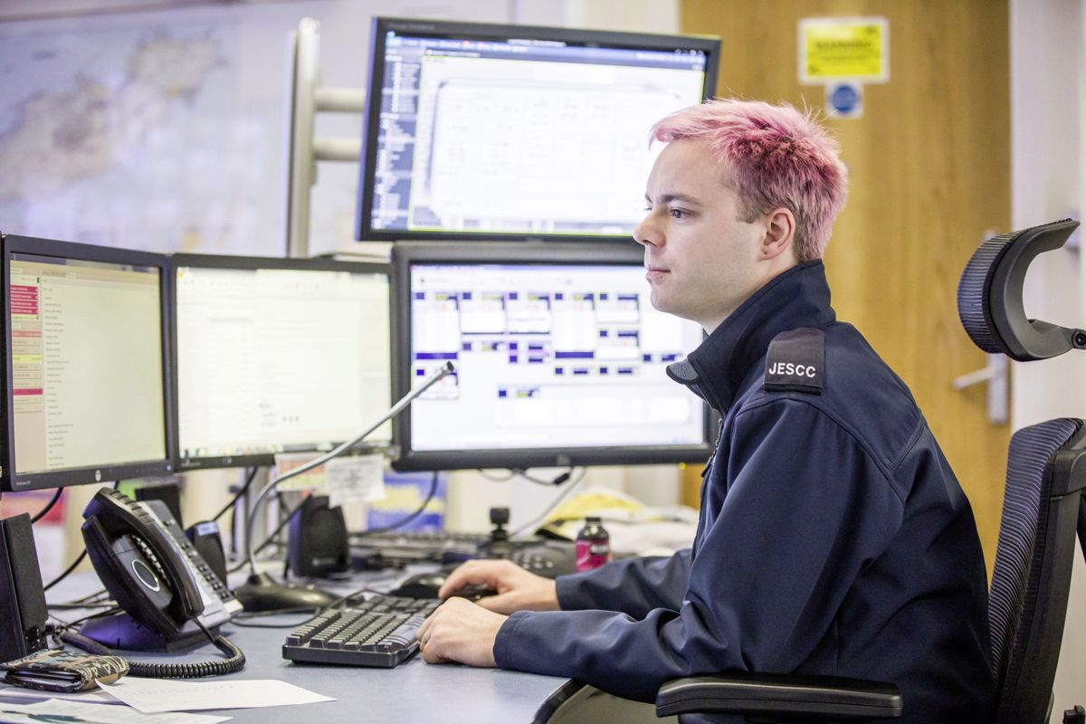 Picture by Sophie Rabey.  13-10-20..A day in the life of JESCC at the Police Station.  Joint Emergency Services Control Centre..Kyle Gallie. (28810312)