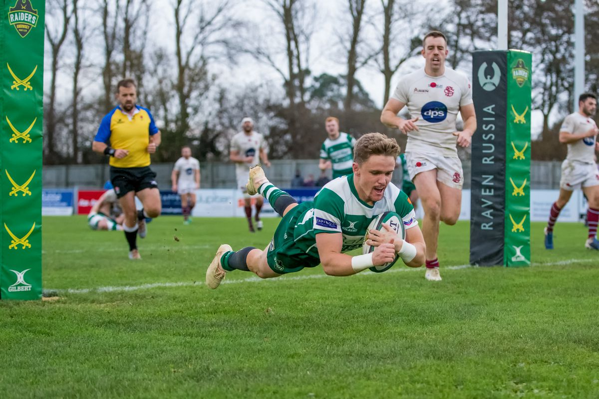 Jake O'Connor scoring a try for Guernsey Raiders last season. (Picture by Martin Gray, www.guernseysportphotography.com, 28292254)