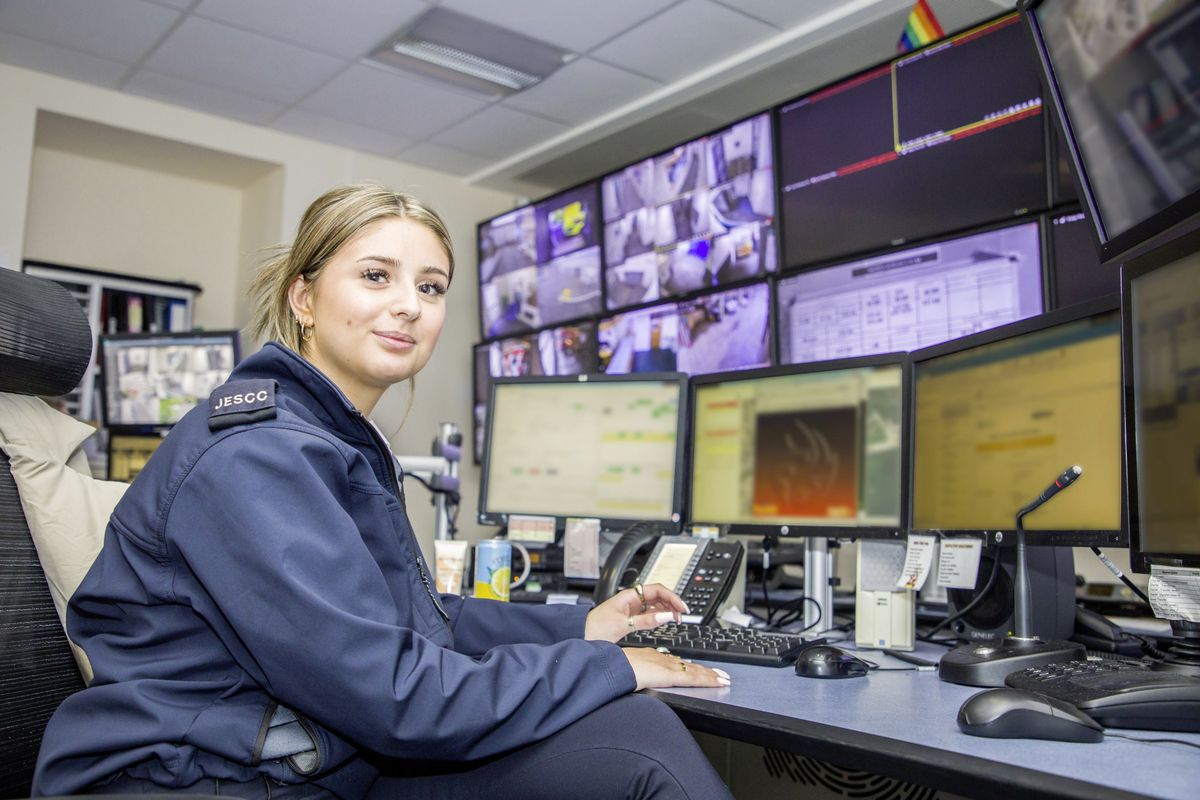 Picture by Sophie Rabey.  13-10-20..A day in the life of JESCC at the Police Station.  Joint Emergency Services Control Centre..Mia Musto. (28810343)