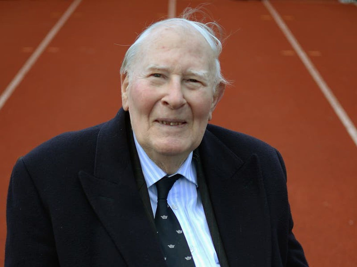 Sir Roger Bannister to be honoured with memorial at Westminster Abbey