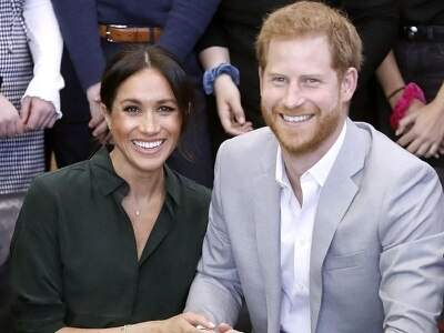 Harry and Meghan set for tram ride and beach clean-up in Melbourne