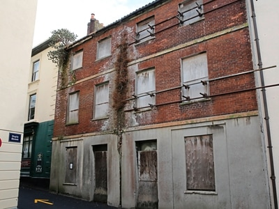 'Eyesore' Town building could make way for private car park