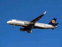 Lufthansa resumes Cairo flights as British Airways halt continues