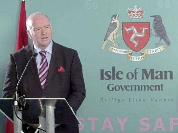 Isle of Man chief minister Howard Quayle announcing the temporary suspension of the air bridge. (28832881)