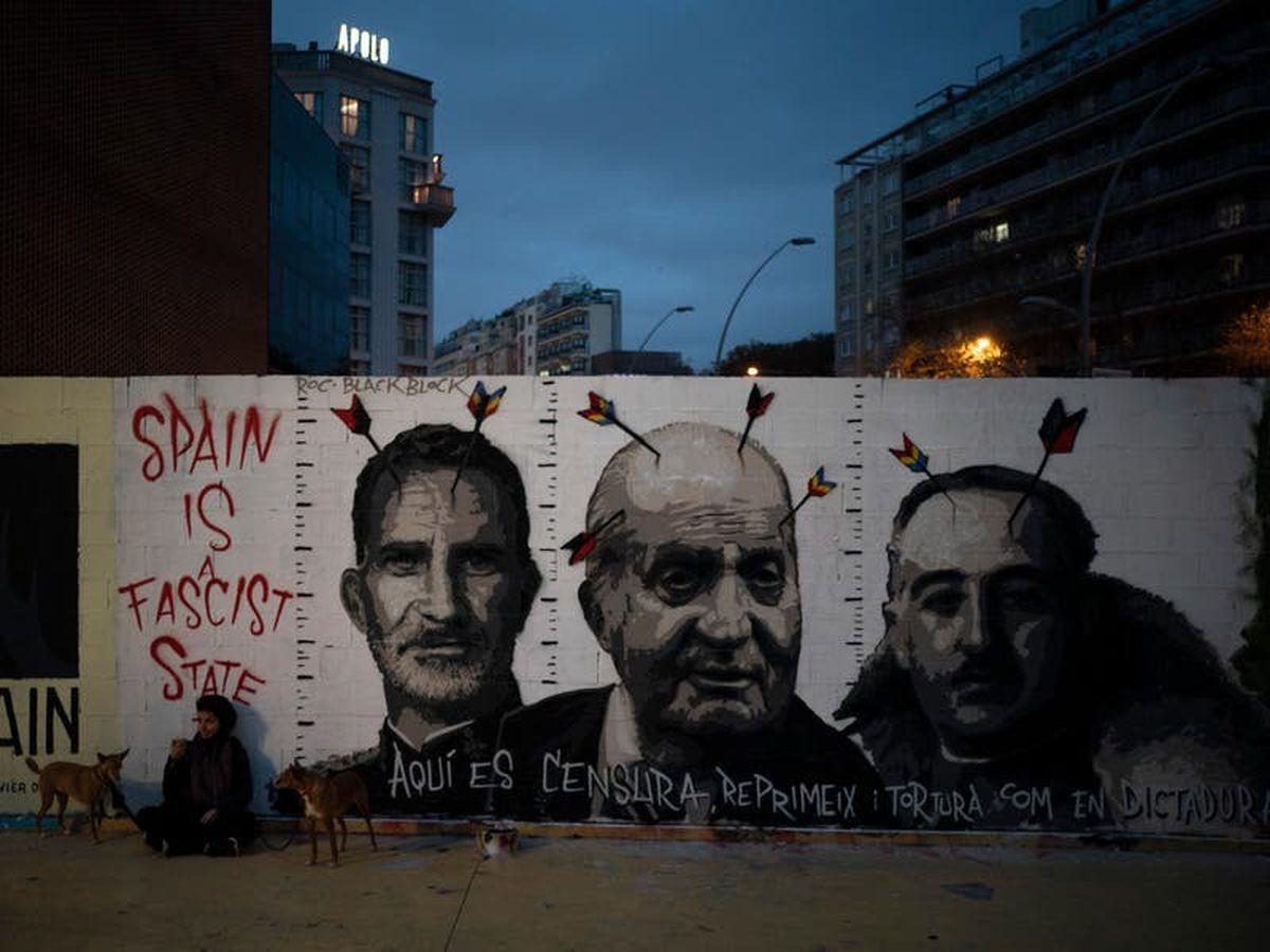 Protests over rapper's arrest turn violent again in Barcelona
