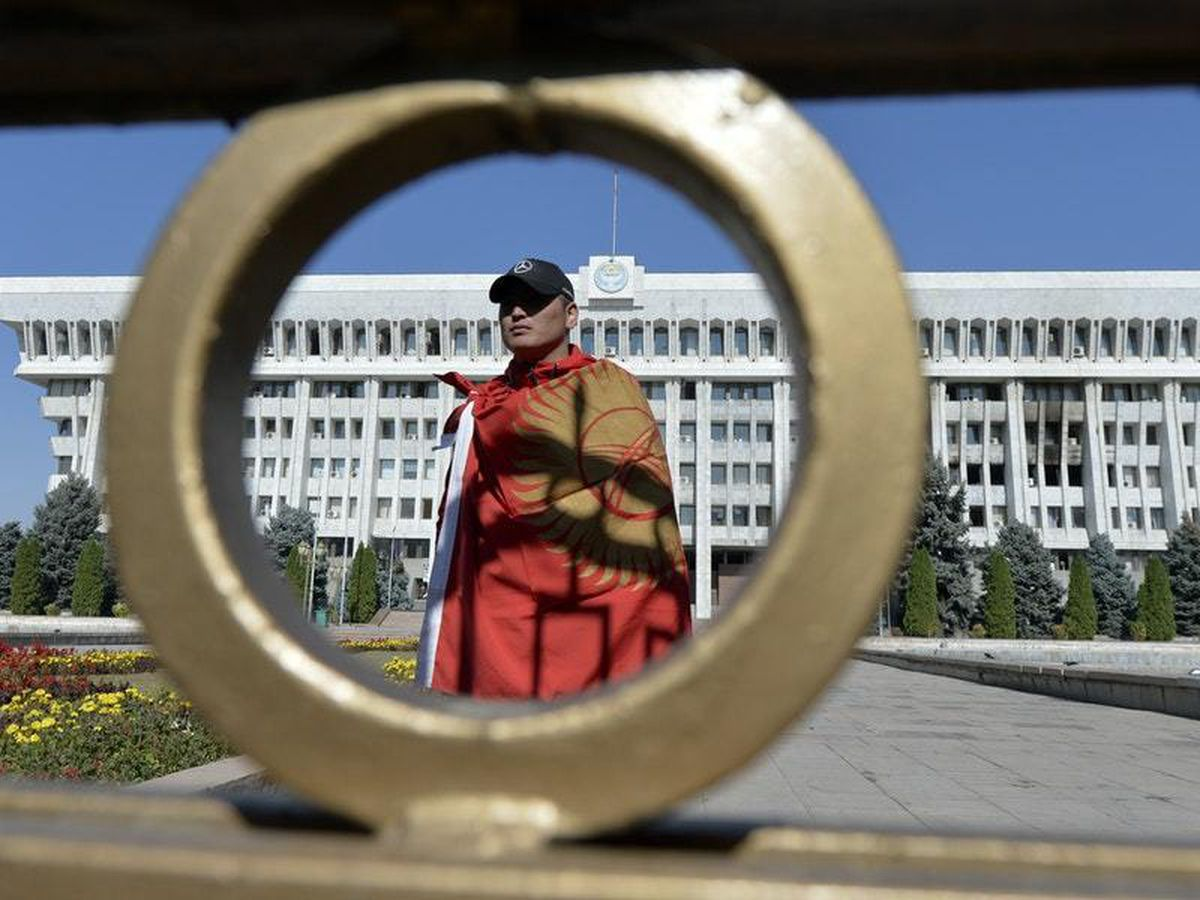 Kyrgyzstan President resigns in bid to avoid bloodshed