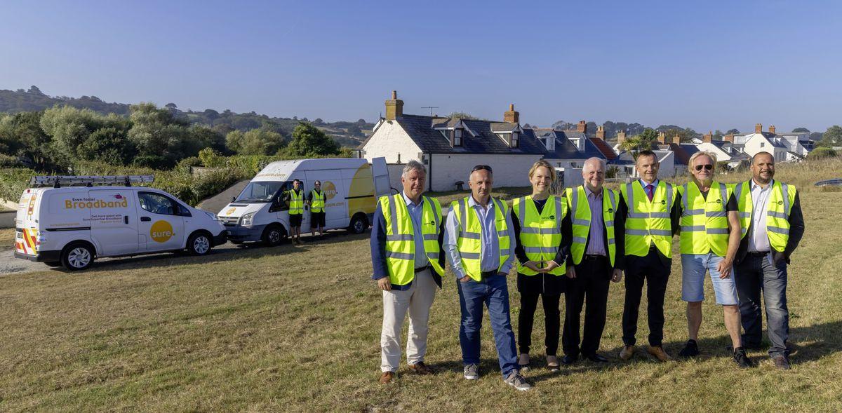 Plans for a fibre network in Guernsey have been announced. Pictured are Deputy Mark Helyar, Deputy Neil Inder, Deputy Sasha Kazantseva-Miller, Deputy Peter Ferbrache, Alistair Beak (Sure CEO), Deputy Bob Murray and Justin Bellinger (Sure Guernsey Chief Executive). (29983484)