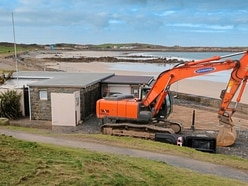 Diggers move in for L'Ancresse beach armour work