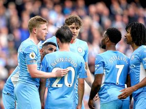 Bernardo Silva and Kevin De Bruyne score as Manchester City battle past Burnley