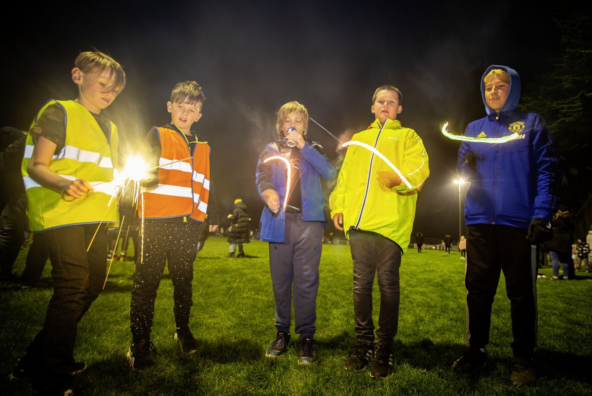 PICTURE BY SOPHIE RABEY.  05-11-20.  Bonfire Night Celebrations at Northfield..L-R Seb Steer (10), Edward Bennett (11), George Bennett (13), Ethan Dray (12), Oliver Penney (12).. (28882193)