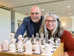Grandmaster of sculpture unveils unique chess set