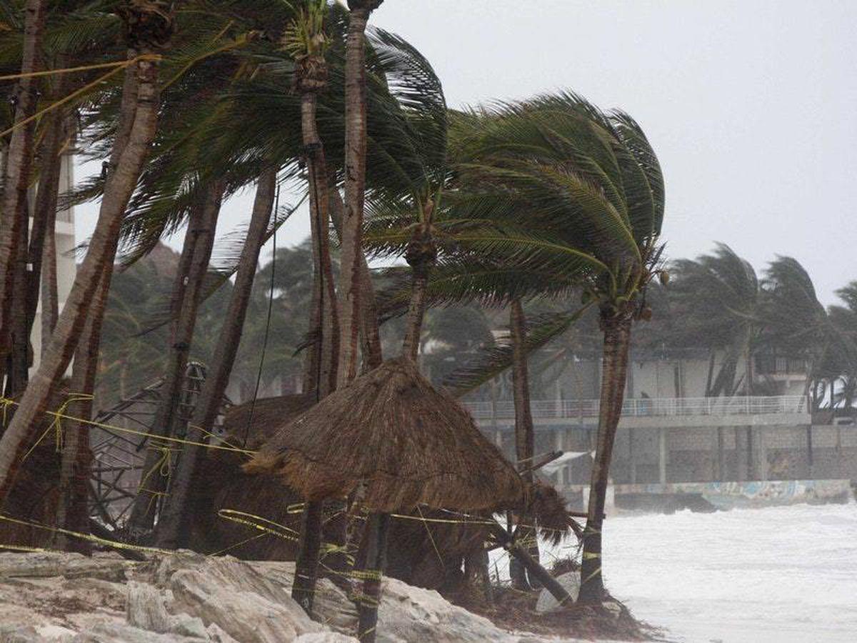 Louisiana prepares for storm surge as Zeta regains hurricane strength