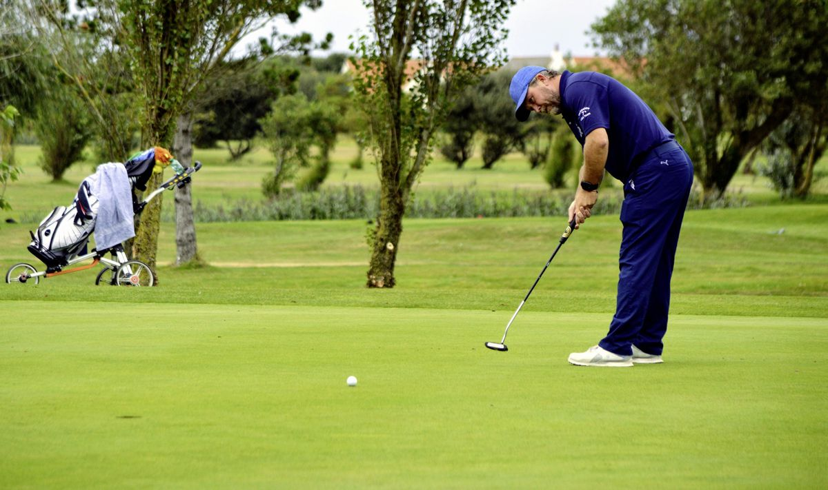Neil Black holed this birdie putt on the second on his way to a convincing win over Emile Thompson. (Picture by Gareth Le Prevost, 28617055)