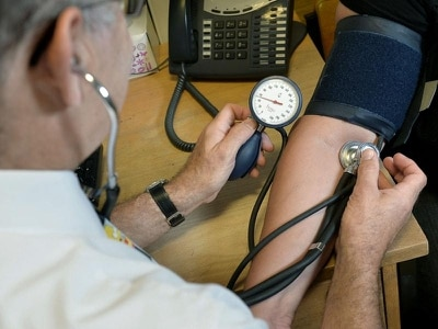 30 minutes of morning exercise 'cuts blood pressure'