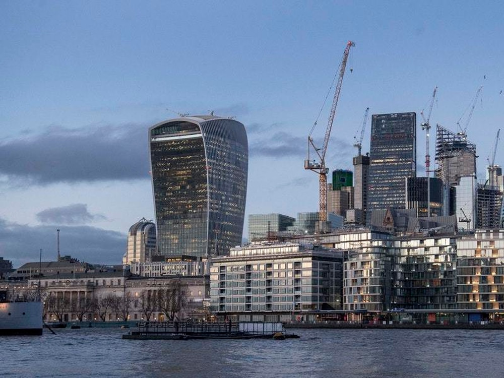 Hammond pledges city will remain capital of finance after brexit chancellor philip hammond is to set out the governments blueprint for maintaining londons position as a global capital of finance after brexit through malvernweather Images