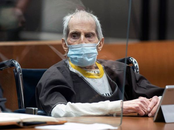 New York millionaire Robert Durst charged with 1982 murder of wife