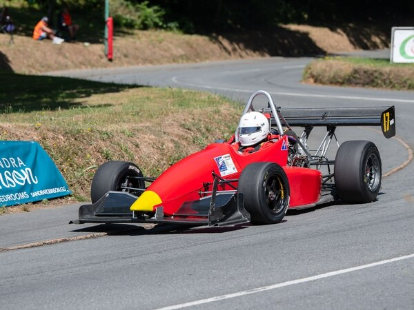 Sarnian pair feature in Bouley Top 12s