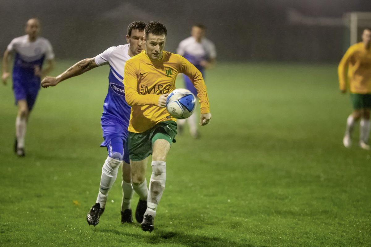 A wet Saturday night at the Corbet Field where Vale Rec held the leaders. (Picture by Martin Gray, 28912025)