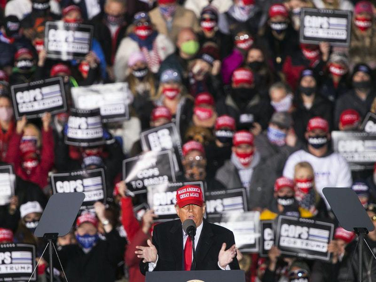 Trump uses fear tactics in bid for Midwest states